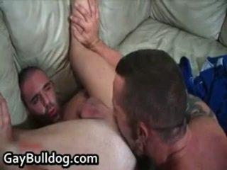 מאוד ביזארי queer שלל עשייה את ו - penetrator engulfing חופשי פורנוגרפיה 12 על ידי gaybulldog