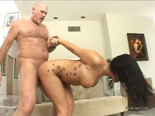 Enchanting Sexy London Keys Gets Her Sweet Mouth Jizzed After A Nice Hard Slam