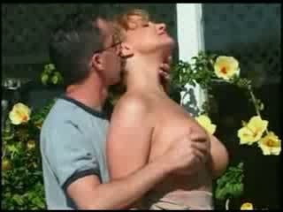 Michel steuve's istri dewasa mon colette choisez kacau di luar oleh sebuah remaja