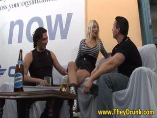 διασκέδαση hardcore sex, ποιότητα χώροι, νέος μεθυσμένος πλέον