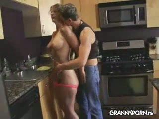 gospodinele, matur, mamă, bucătărie