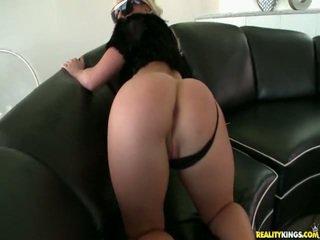Kimmy Shows Off Her Ideal Ass.