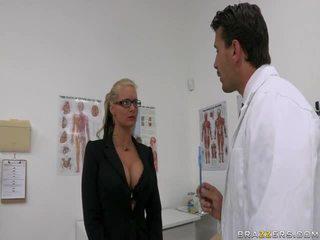 Phoenix marie ja lääkäri manuel ferrara