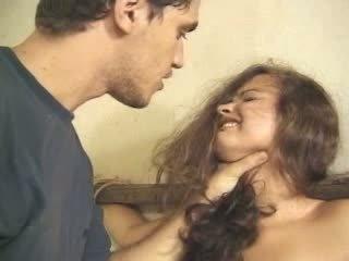 Jovem grávida forçado e fodido anal vídeo
