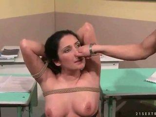 Mokytojas punishing jos seksualu studentas