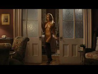 लिंग, नंगा नाच, सड़क