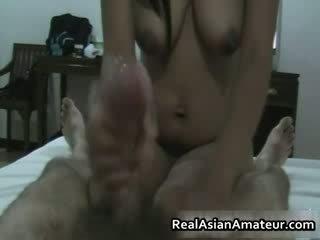 Peluda cona asiática hottie punhetas