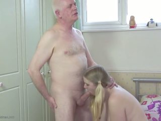 Daddy s stepdaughter: dochter hd porno video- 2d