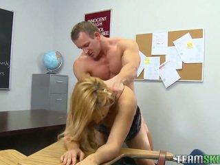 Sala de clasa porno