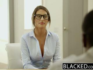 Blacked august ames gets an আন্তবর্ণ ক্রিমসুখ