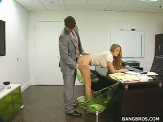 Довго haired блондин seducing її бос