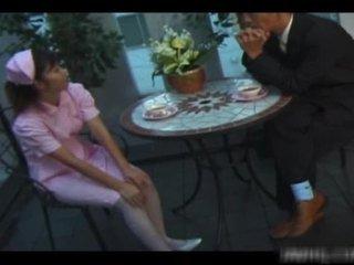Gebräunt amerikanisch krankenschwester rides zonker