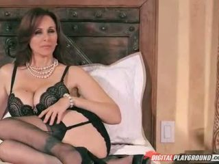 Booby milf Julia Ann fucked and facialed
