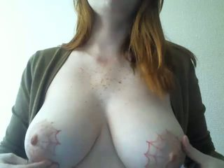 Girl with Tattooed Tits Plays Around on Webcam: Porn 3d