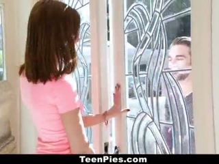 TeenPies - Virgin Chick Gets Accidentally Creampied
