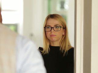 Alina west loves černý čurák, volný tmavý x porno 31