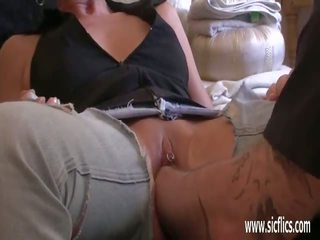 Brutally Fisting the Wifes Huge Greedy Pussy: Free Porn af