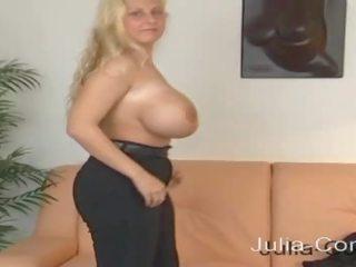 Ficken riesen brüste Riesentitten Porno