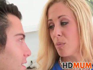 Licking lessons mit mum
