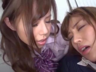 더 일본의 모든, 레즈비언 가장, 올드 + 젊은 무료