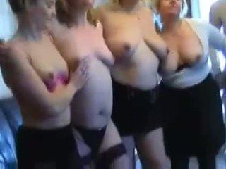 Nakikipagpalitan Ng Katalik porno