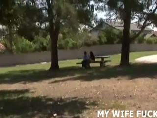 Glejte vaš žena natepavanje a stranger, brezplačno porno c9