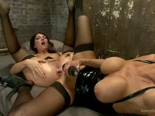 Anal Slave Gets Dominated By Sexy Mistress In Latex