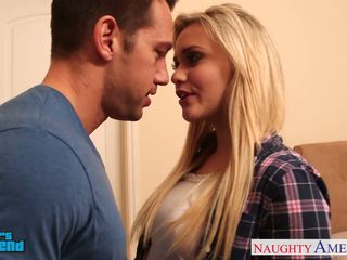 Blondynka laska mia malkova gets facialized