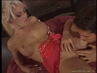 Sizzling Victoria Spencer swallows a huge meat pole