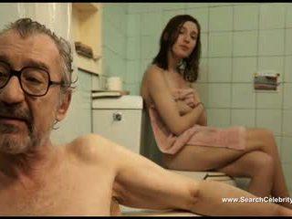 स्पेनिश, सॉटकोर, ओल्ड + युवा, छोटे स्तन