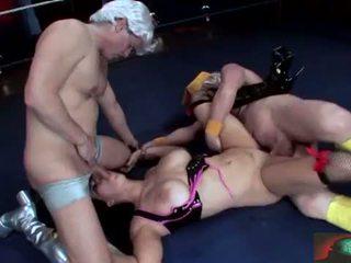 Chyna wrestler takes 그것 항문의 완전한 장면 2