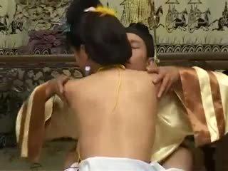 Kínai beauty kívánós bevállalós anyuka