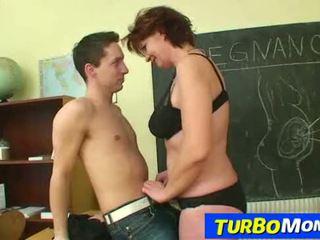 Καυτά τσέχικο τεκνατζού helena μαθητής/ρια δάσκαλος harassment σε σχολείο