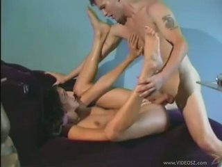 Filthy chaud dru berrymore getting boned deeper en son hole jusqu'à elle gets cummed