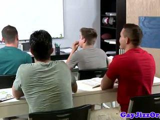 Nuleidimas loving mokytojas dominated į klasė