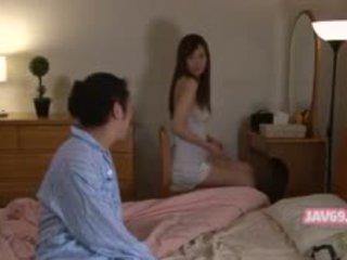 美しい 角質 アジアの 女の子 クソ