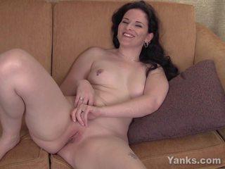 Pierced Caroline Masturbating, Free Yanks Porn fa