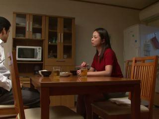 स्तन, जापानी, किशोर की उम्र