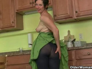 Mom's paslaptis masturbation technika