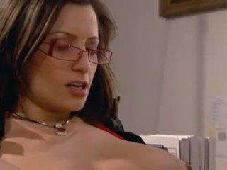 sıcak esmer, daha fazla oral seks eğlence, vajinal sex gerçek