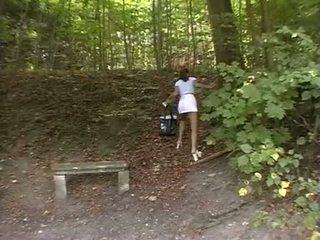 Naivka vynútený v the park