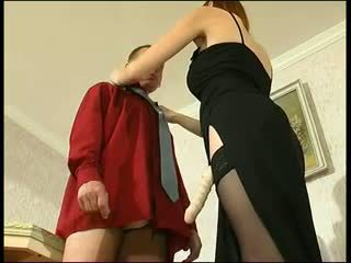 Redhead russisk strapon dame