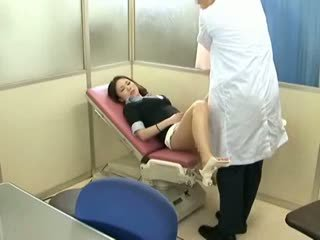 брюнетка, вуайеріст, немовля, масаж
