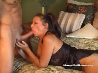 Milf romp - sūnus prigautas mama margo sullivan į lova