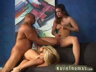 Katie a ju priateľka getting a čierne dong