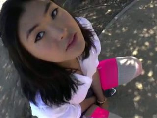 Lovely ladyb-y Yuri Myeon masturbates