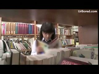 Aluna fodida por biblioteca geek 01