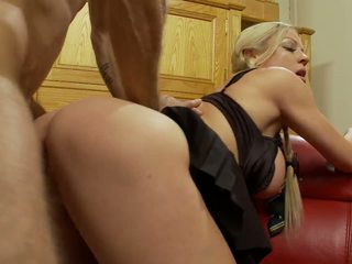 Cindy and Friends Receive a Severe Banging in a Group