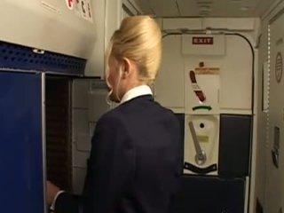 uniform, stewardess Iň beti