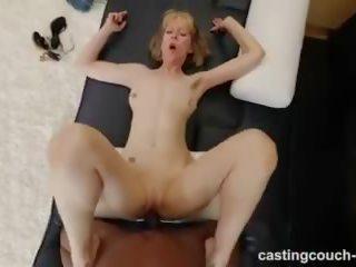 בוגר אמא שאני אוהב לדפוק עם גדול גוף has בין גזעי סקס במהלך ליהוק